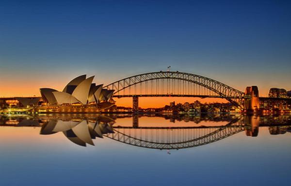 Thiệp Kirigami : Cầu cảng Sydney của xứ sở Chuột Túi