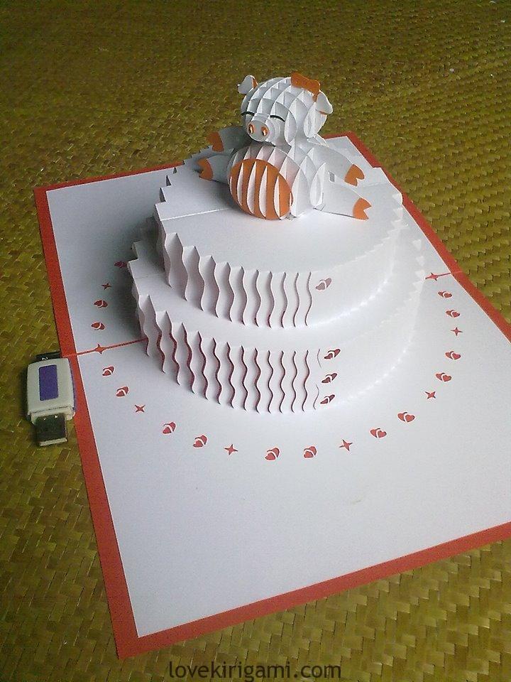 Kirigami Cake: Bánh kem sinh nhật